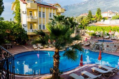 Mountain Valley Apart Hotel & Villas